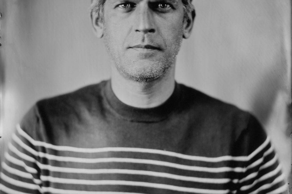Réalisation d'un autoportrait au collodion humide